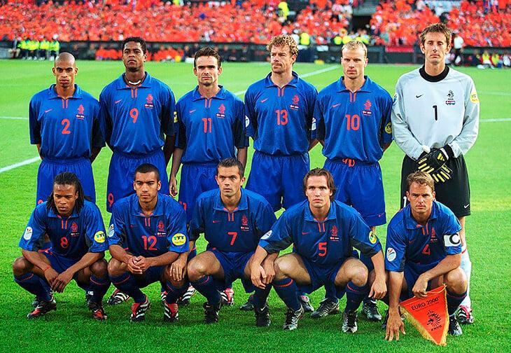 Тренеры этого Евро, когда сами играли на Евро – Черчесов, Де Бур и другие