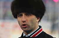 Боты постят и плюсуют хвалебные комменты про Романа Ротенберга. Это обнаружил пользователь Sports.ru