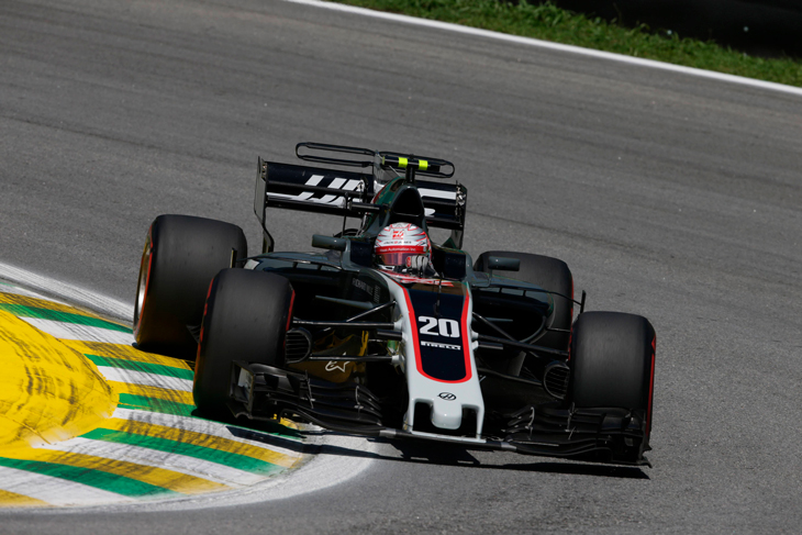 Жители Америки первыми показали машину нового сезона «Формулы 1»