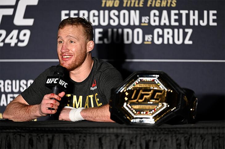 Конор анонсировал бой с Пакьяо. А еще слил личную переписку с президентом UFC