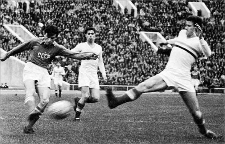 Победа СССР на Евро-1960: от отмены 1/4 по решению Франко до завтрака на Эйфелевой башне