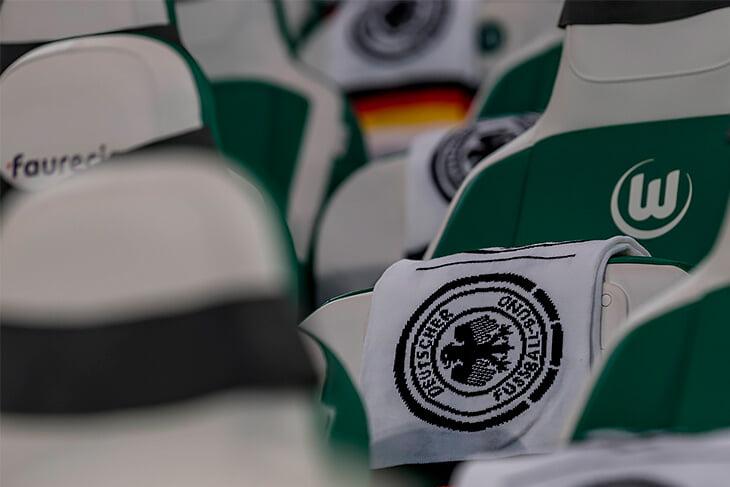 Лев остается, хотя сборная Германии тонет в проблемах. Отказ от Мюллера, Хуммельса и Боатенга может привести к провалу на Евро