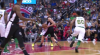 Tomas Satoransky throws it down!