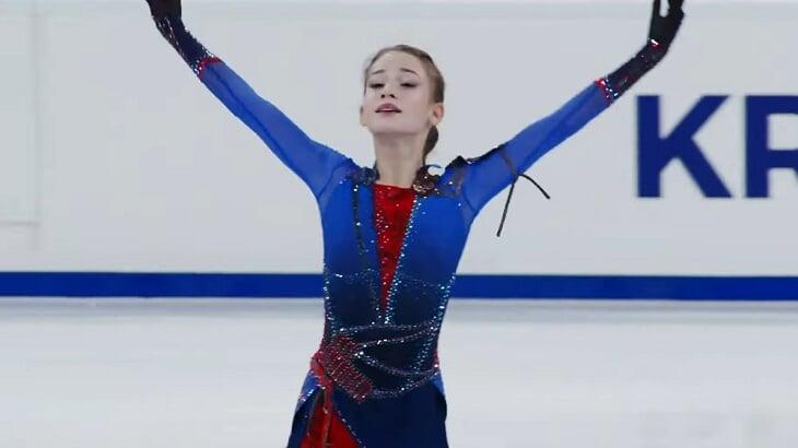 Наши фигуристки смяли всех на Гран-при в Красноярске: 11 прыжков ультра-си, два юниорских рекорда и чисто русский подиум ?