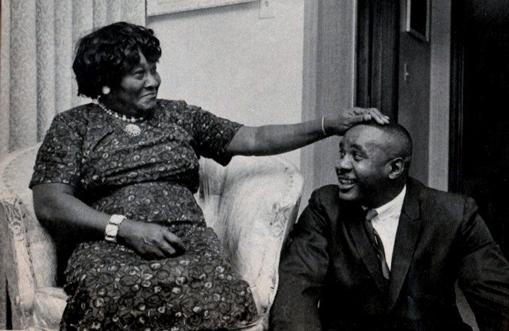 Сонни Листон с матерью Элен