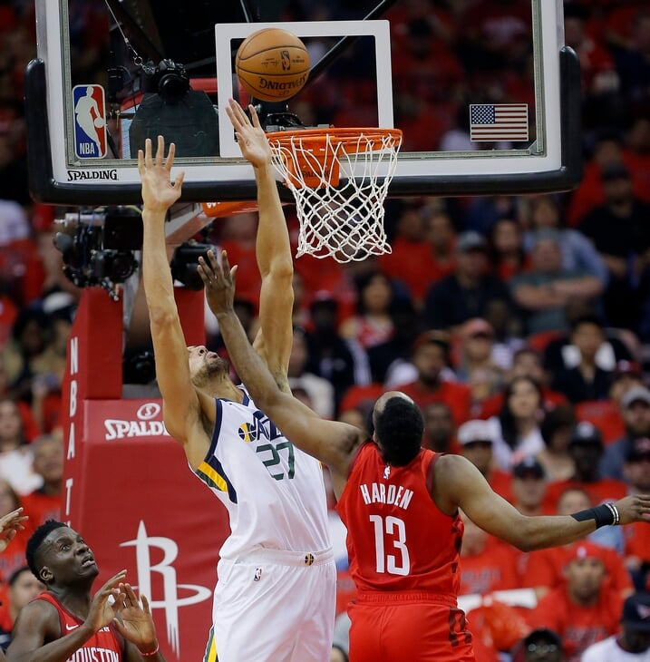 Руди Гобер называет себя лучшим защитником в НБА. На самом деле, он главная проблема «Юты»