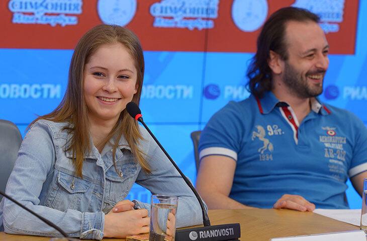 Теперь Липницкая тренирует в группе Плющенко. В чем задумка и почему Юля не пошла работать к Тутберидзе?