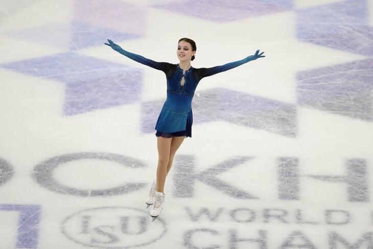 Что нужно Трусовой, чтобы бороться за медаль? Короткую программу она завалила, и теперь они с Плющенко обязаны рисковать