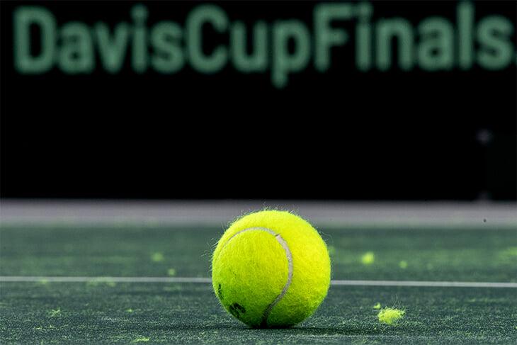 Весь мужской теннис и почти весь женский отменили минимум на 6 недель. Игроки за это время могут разориться