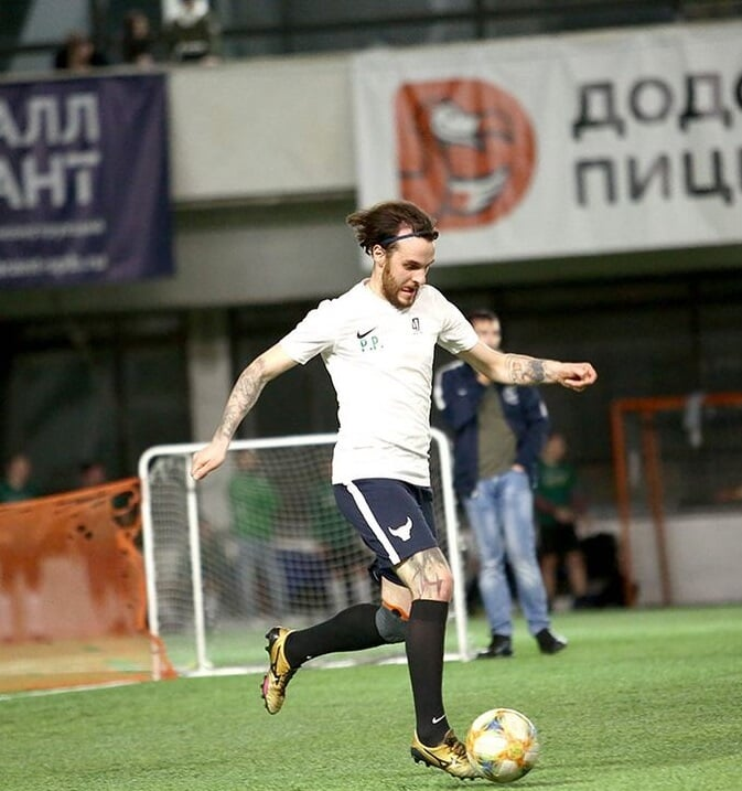 Два парня из Петербурга посмотрели «Красаву» и создали академию футбола для людей с синдромом Дауна. Они хотят сделать всех нас чуть внимательнее