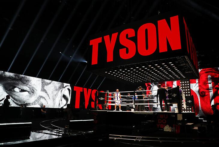 Бой Тайсона и Джонса стал самым прибыльным событием года в боксе. Теперь вернуться хотят Холифилд и Льюис