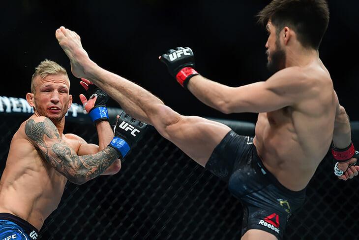 Экс-чемпион UFC отбыл дисквалификацию за допинг и возвращается в дело. Его цель – титул Петра Яна