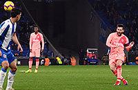 Месси за последние 4 года забил со штрафных больше «Реала» и «Ювентуса»