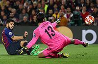 Суарес забил Алиссону (и отпраздновал гол бывшей команде). Его первый мяч в этой ЛЧ