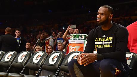 Звезды НБА пропускают статусные матчи. Это как?