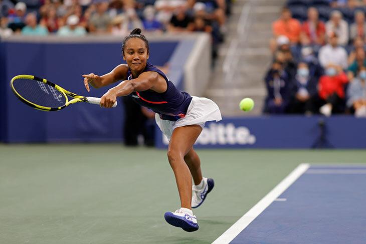 19-летняя Фернандес разносит US Open: бьется и атакует так, что дух захватывает, и стала самой молодой в 1/2 после Шараповой