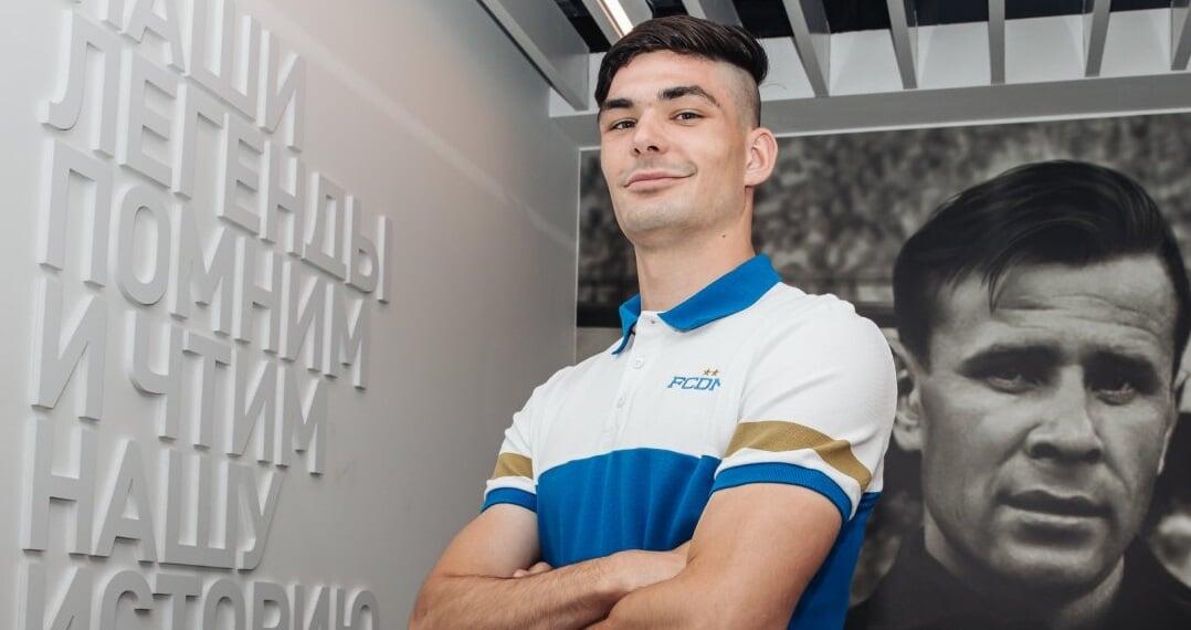 19-летний защитник Зенита-2 Сазонов перешел в Динамо