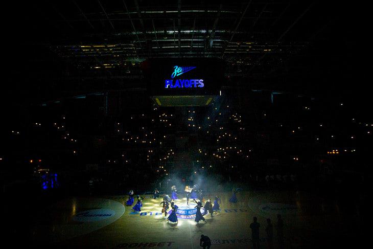 Кайл Хайнс – самый медийный баскетболист в Европе. Его фильмы – «КраСава» на английском