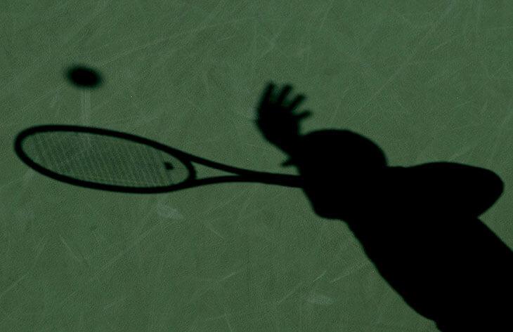 Откуда взялось слово «теннис»? Корни названия ищут во Франции, затонувшем городе в Египте и даже у святых