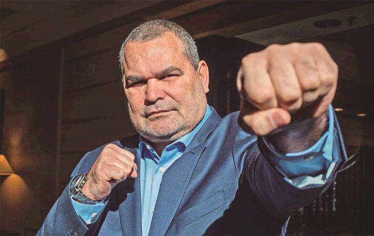 Чилаверт хочет стать президентом Парагвая