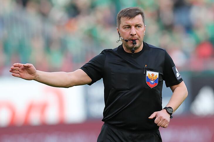 Напоследок Вилкова прибила комиссия: единогласно признали две его ошибки в последнем матче перед пожизненным баном