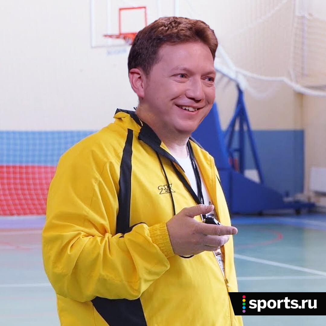 Шнякин обожает любительский футбол. Меняет топ-трансляции на матчи ЛФЛ, бегает с Павлюченко и Тихоновым, позвал Широкова в команду «Матч ТВ»