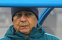 Мирча Луческу, Премьер-лига Россия, Олег Шатов, Анжи, Зенит