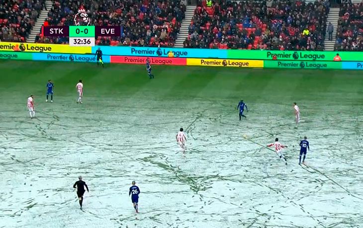 Даже в АПЛ в снег играют желтым мячом. Похоже, Прядкин не врал