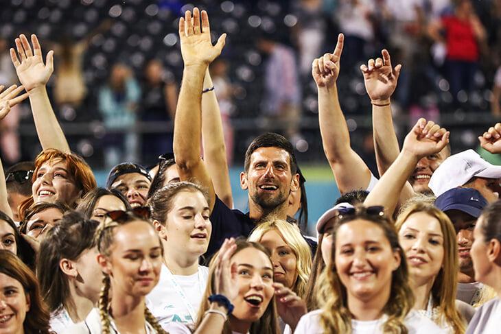 Спорт, изучи провал Джоковича! Нельзя возвращаться без жесткого регламента, масок и постоянных тестов
