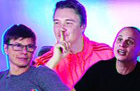 Аршавин смотрит, как забивает Аршавин. Играем в Pro Evolution Soccer за легенду «Зенита»