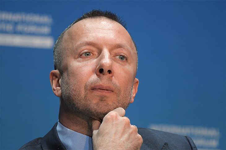 Он играл в хоккей с Путиным и спонсировал «Сибирь»