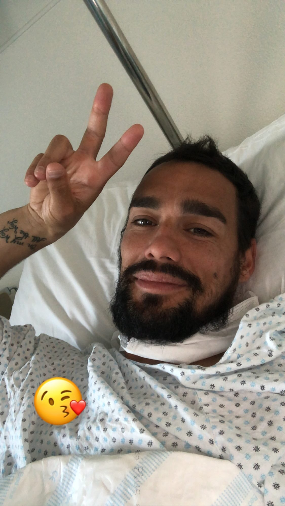 Фабіо Фоньїні після операції: Все в порядку, дякую за ваші повідомлення - изображение 1