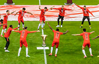 возвращение футбола, Аустрия Лустенау, высшая лига Австрия, Ред Булл Зальцбург, Д2 Австрия, Кубок Австрии