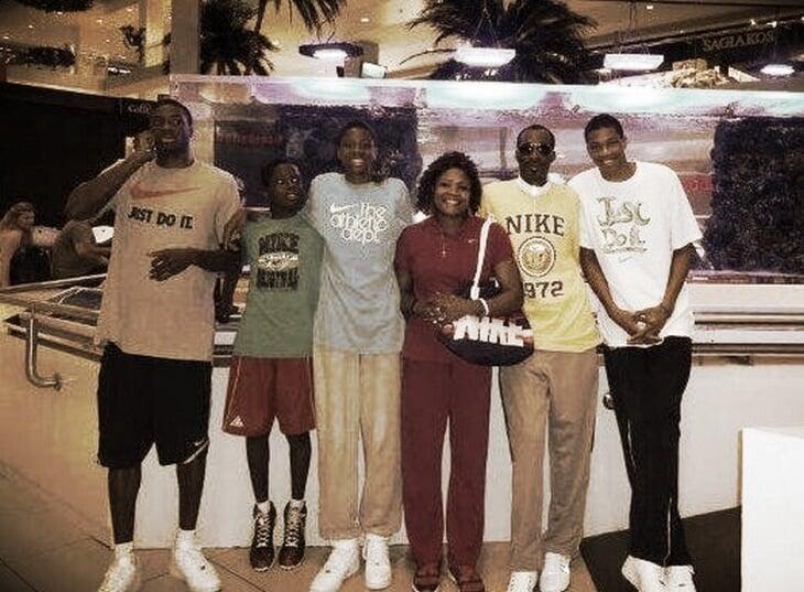 «У него печень 70-летнего пьяницы» – «Но ведь ему только 17!» Появление Янниса Адетокумбо в НБА все еще поражает