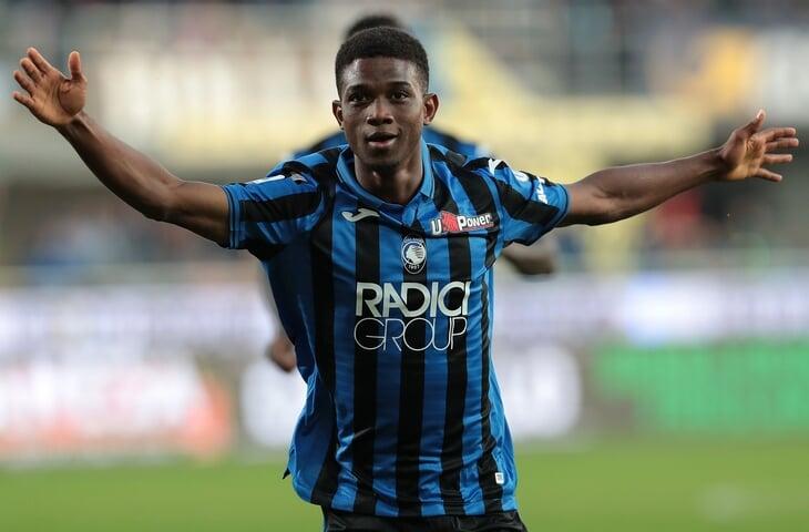 «МЮ» подписал 18-летнего вингера из «Аталанты» за 30 млн евро. Звучит красиво, но у него 24 минуты во взрослом футболе