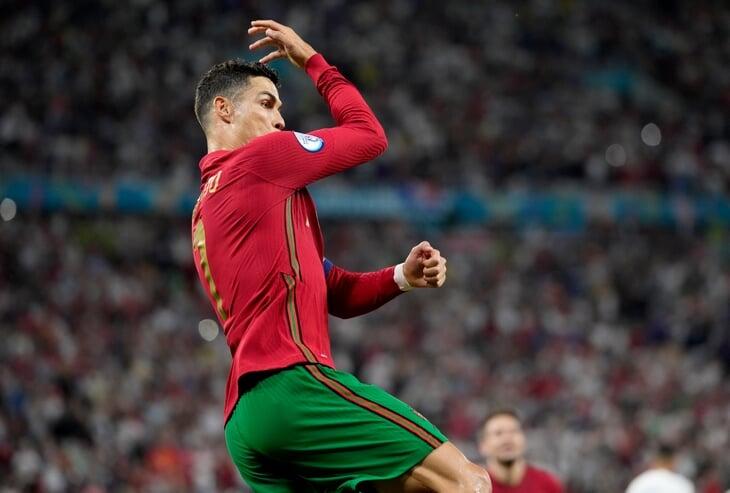 Игроки «Ювентуса» чаще всех забивают на Евро, «Аталанта» и «Ман Сити» – лидеры по числу бомбардиров, а «Реал» – по ассистам