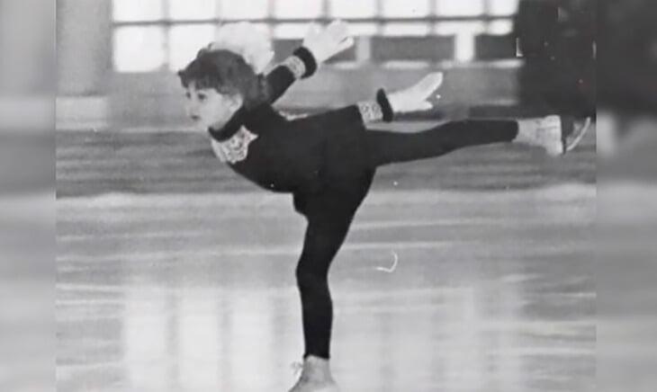 Видели молодую Тутберидзе на льду? За три месяца вытянулась на 22 см, каталась с Авербухом, закончила после работы с Тарасовой