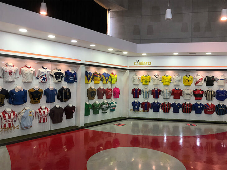 Наш блогер побывал в Зале славы международного футбола – оказывается, он в Мексике. Создание одобрил Блаттер, среди членов Лев Яшин
