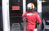 Феттель все-так забрал табличку с первым местом на Гран-при Канады. И поднялся на вершину подиума