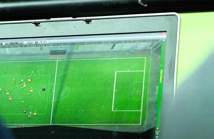 Фух, скоро забудем про странные офсайдные линии. У ФИФА новая технология: вне игры определит нейросеть, решение за 3-5 секунд