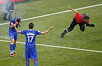сборная Чехии, сборная Хорватии, болельщики, Евро-2016, фото, происшествия