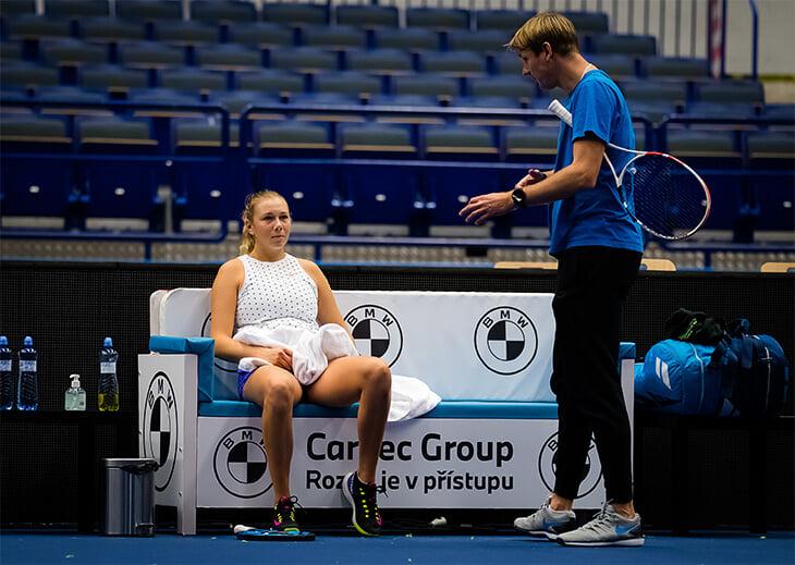 Женский теннис зарабатывает в 4 раза меньше мужского, а его боссы тормозят. Поэтому пандемия сорвала концовку сезона