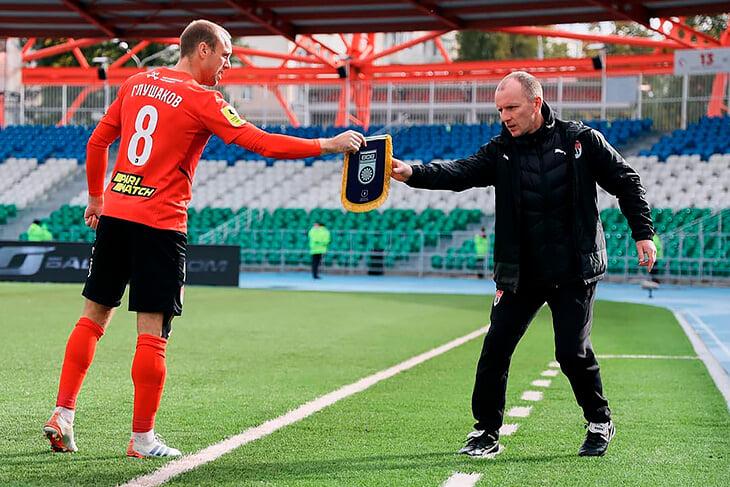 Глушаков наколотил 6 голов в РПЛ («Химки» – 8). Он мечтает вернуться в сборную