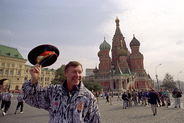 10 мест в Москве и Санкт-Петербурге, которые должен посетить каждый болельщик