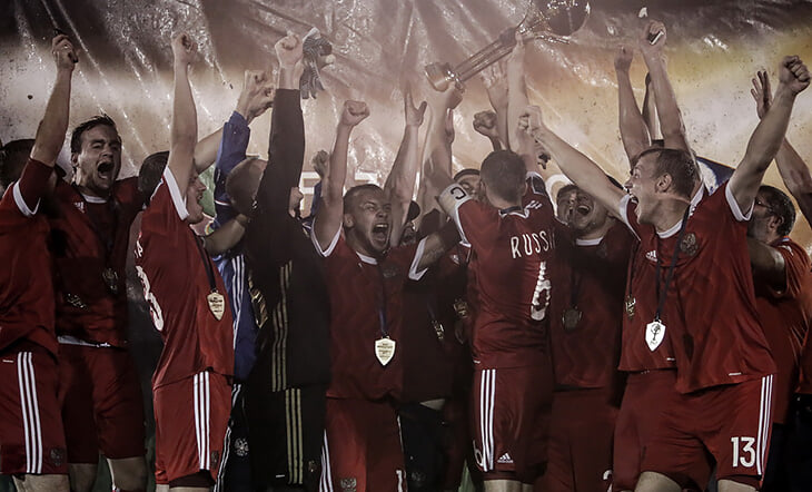 Сборная России по футболу 7х7 – чемпионы мира. Играют за идею, летают в Бразилию и Гватемалу, пьют перед финалом пиво
