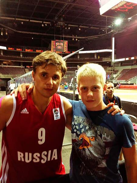 У «Химок» в Евролиге играют молодые россияне. Кто такие Одиноков, Евстигнеев, Барашков и Шарапов