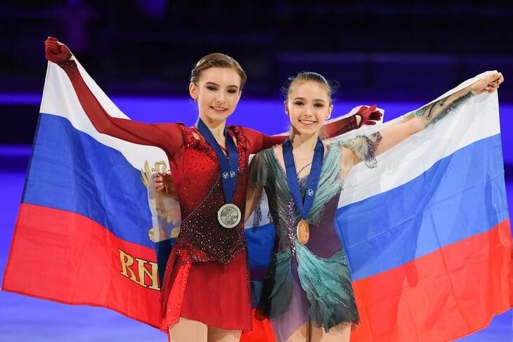 Как устроен отбор на Гран-при России по фигурному катанию? Почему не выступят Валиева и Усачева? И есть ли шанс увидеть там Загитову?