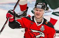 У Шумакова не вышло в НХЛ, зато дома все отлично: делает красоту и добивает чемпиона