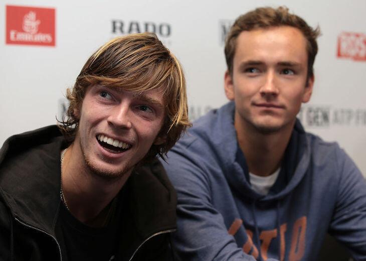 Рублев и Медведев сыграют первый русский четвертьфинал «Шлема». 7 лет назад они уходили от слежки в парке после юниорского US Open