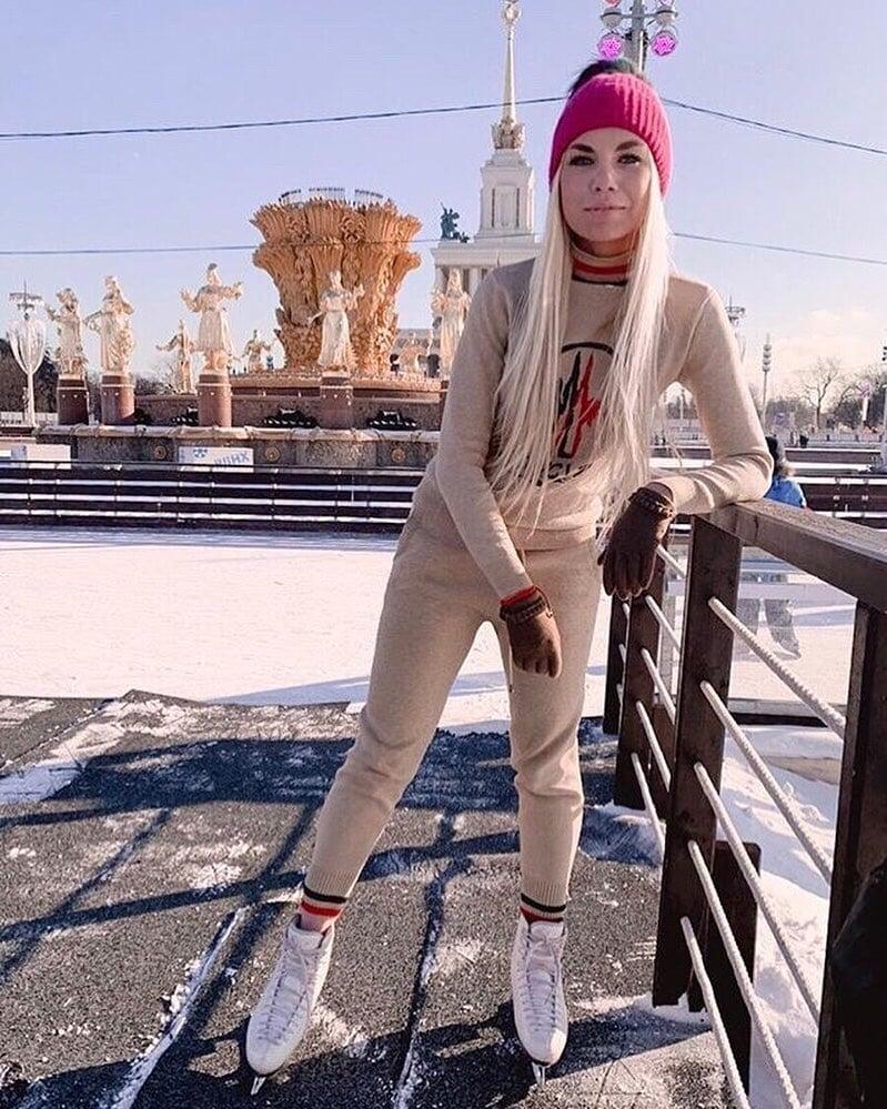 Анастасия «Карамелька» Ванюшина – сейчас айсгерл «Спартака» и сборной России